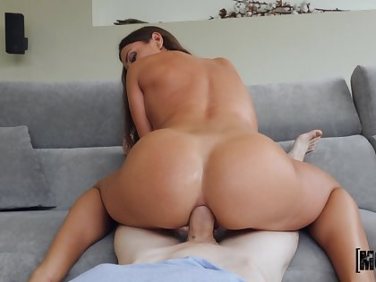 Crazy anal with the step mom