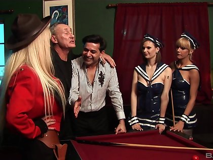 Double penetration group dealings with provocative chick Antonia Deona