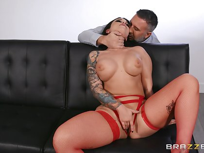 XXX fantasy for the busty night with different man