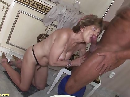 Hairy 70 life-span venerable mom anal sex with a boyfriend