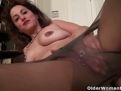 American women upon big, firm tits, Jessica, Serena and Sheila like to make homemade porn videos