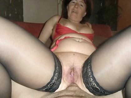 Dirty granny gets a flabbergast anal with the addition of creampie