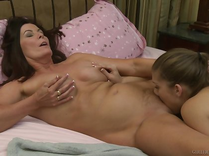 Seductive home enactment between the young slut and her step mom